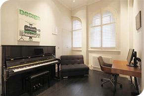 piano teachers London at the Sokol Piano Academy